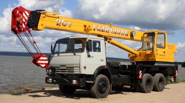 Автокран 25 тонн – самый востребованный кран