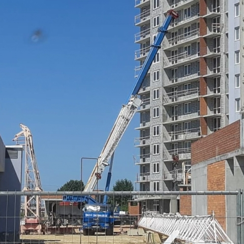 Демонтаж башенного крана